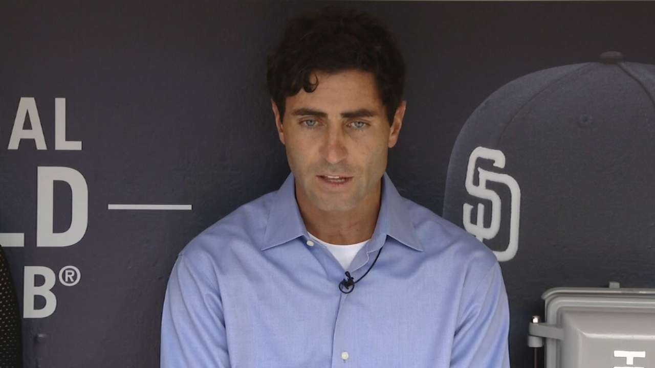 Padres dismiss Black; Roberts takes over