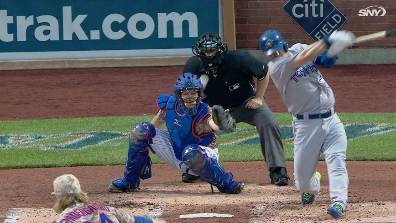 Ump exits Jays-Mets game after foul to mask