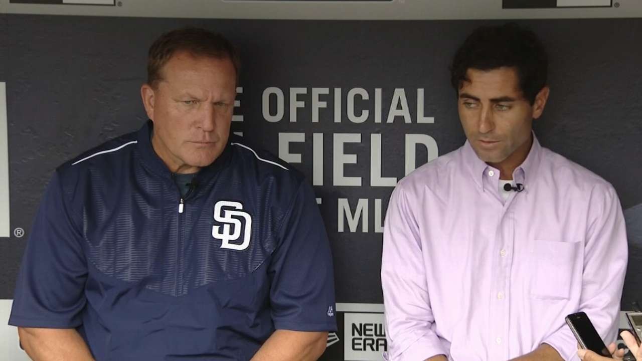 Murphy named Padres' interim manager