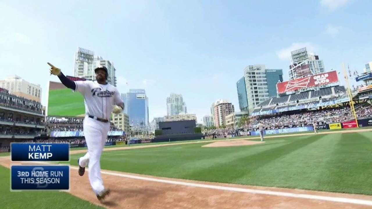 Kemp's game-tying homer