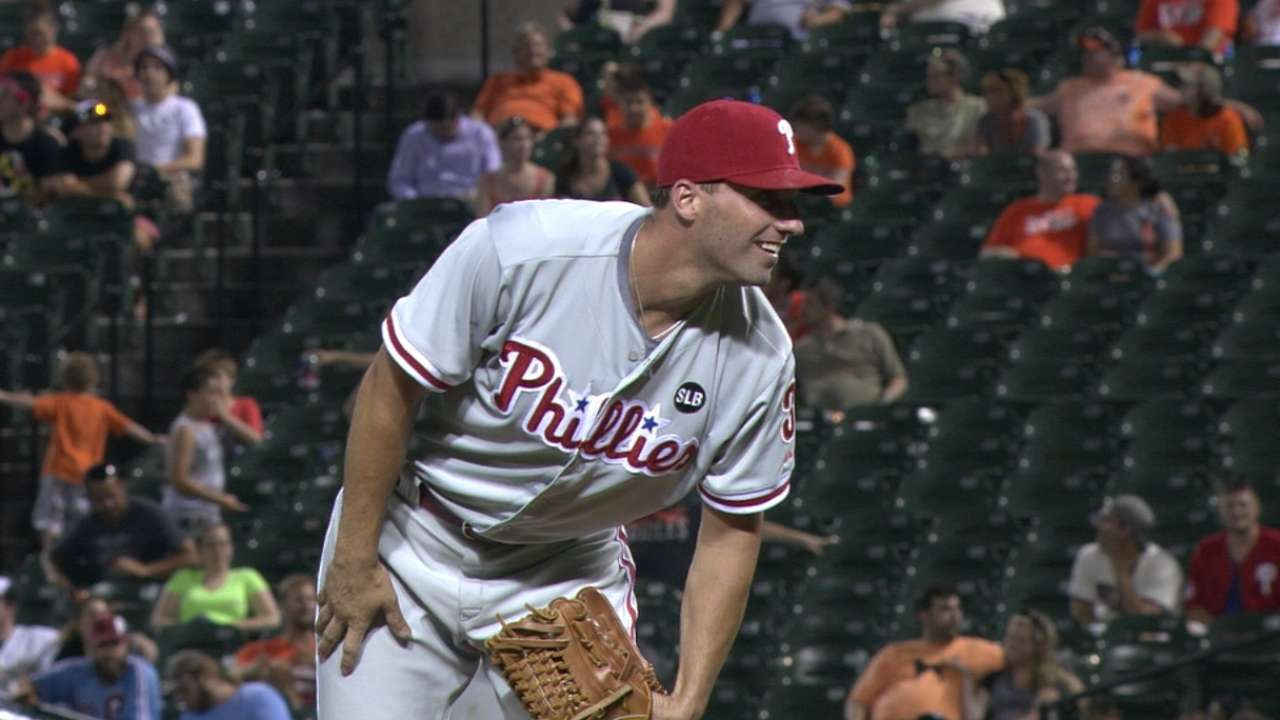 Francoeur lends bullpen a hand with 2 innings