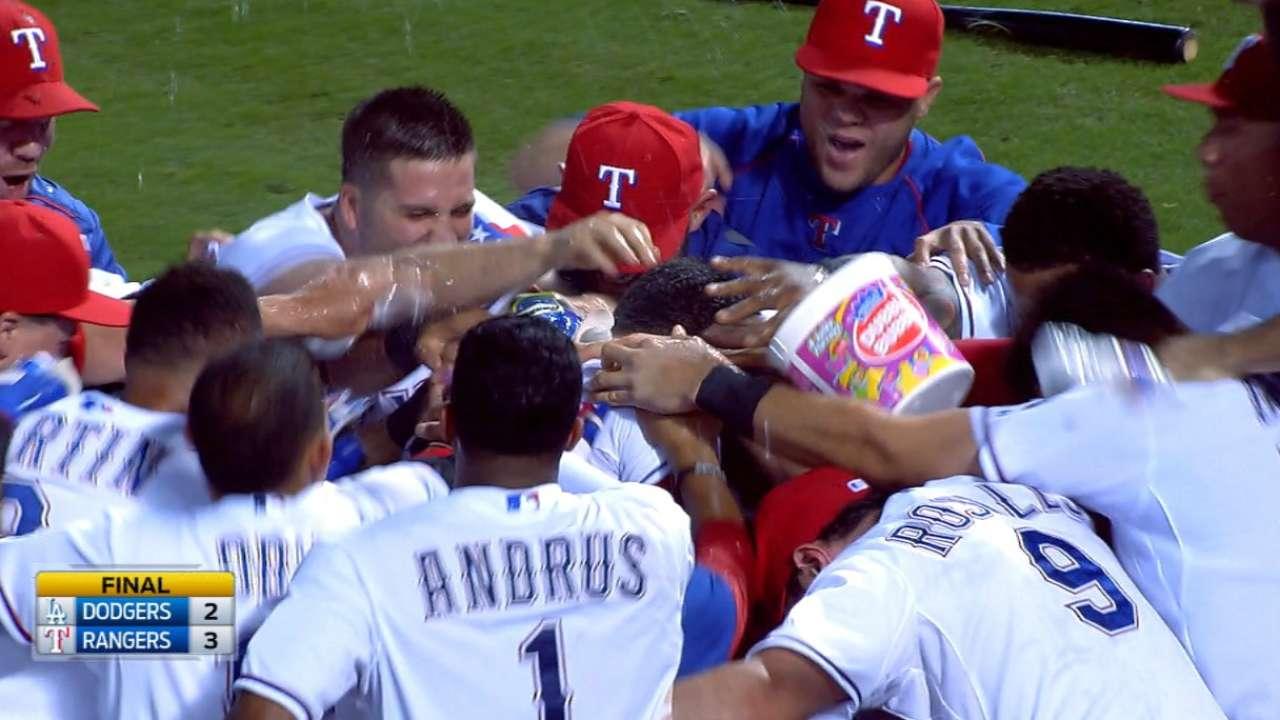 Chirinos' walk-off HR lifts Rangers past L.A.