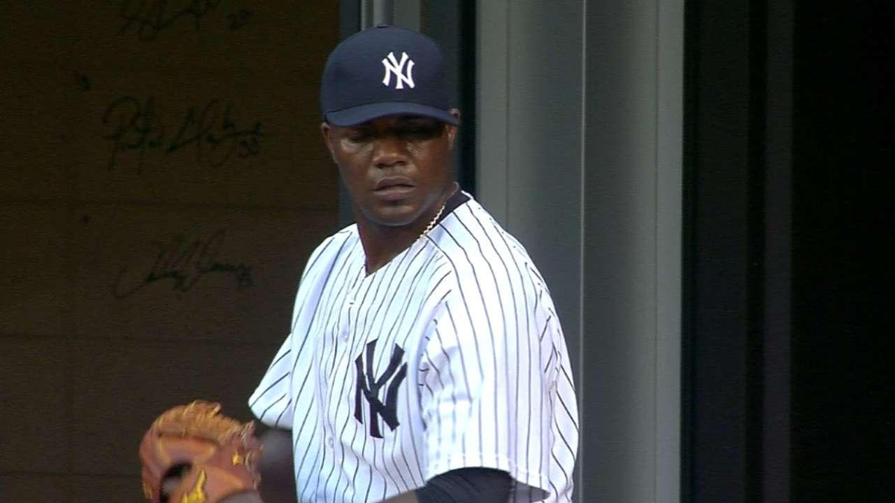 Pineda, late drama lift Yankees past Marlins