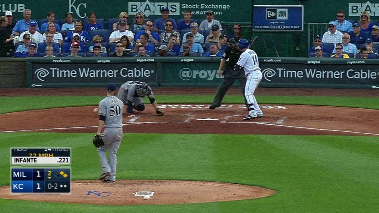 Fiers' second wild pitch