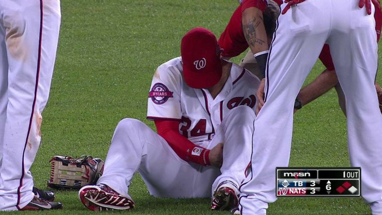 Harper leaves game with injury