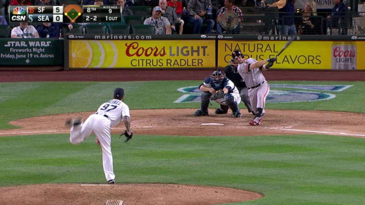 Vogelsong shines as Giants shut out Mariners