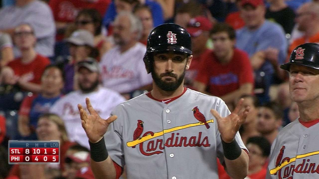 Cardinals quench deep thirst for runs in Philly