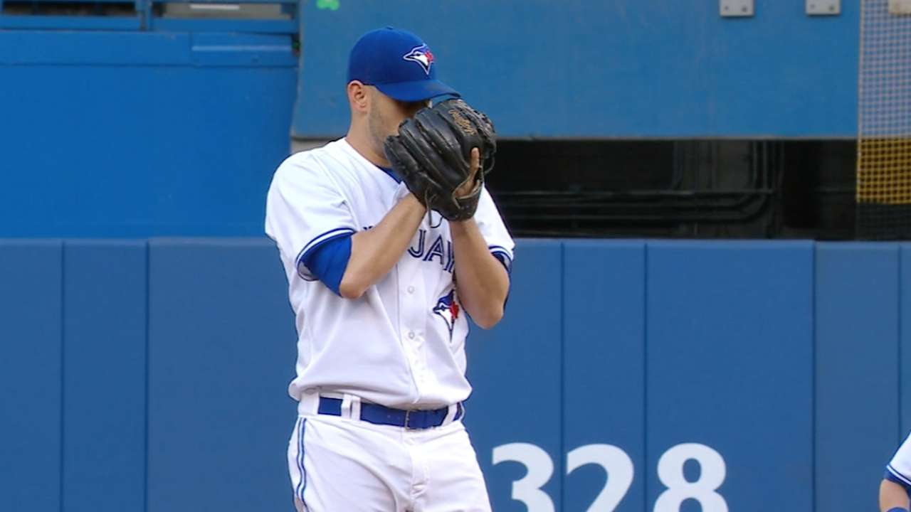 Estrada takes no-no into 8th