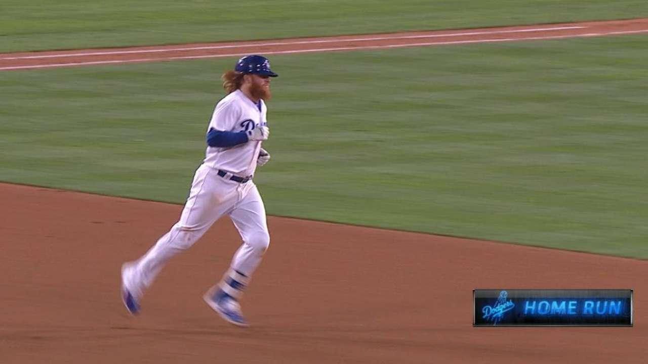 Turner's solo homer