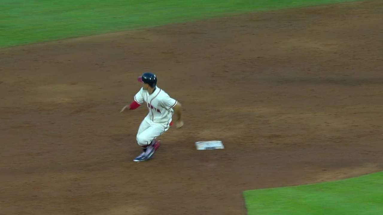 Peterson steals second