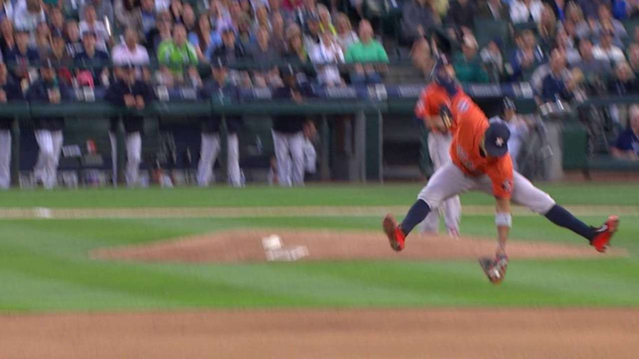 Correa's leaping catch