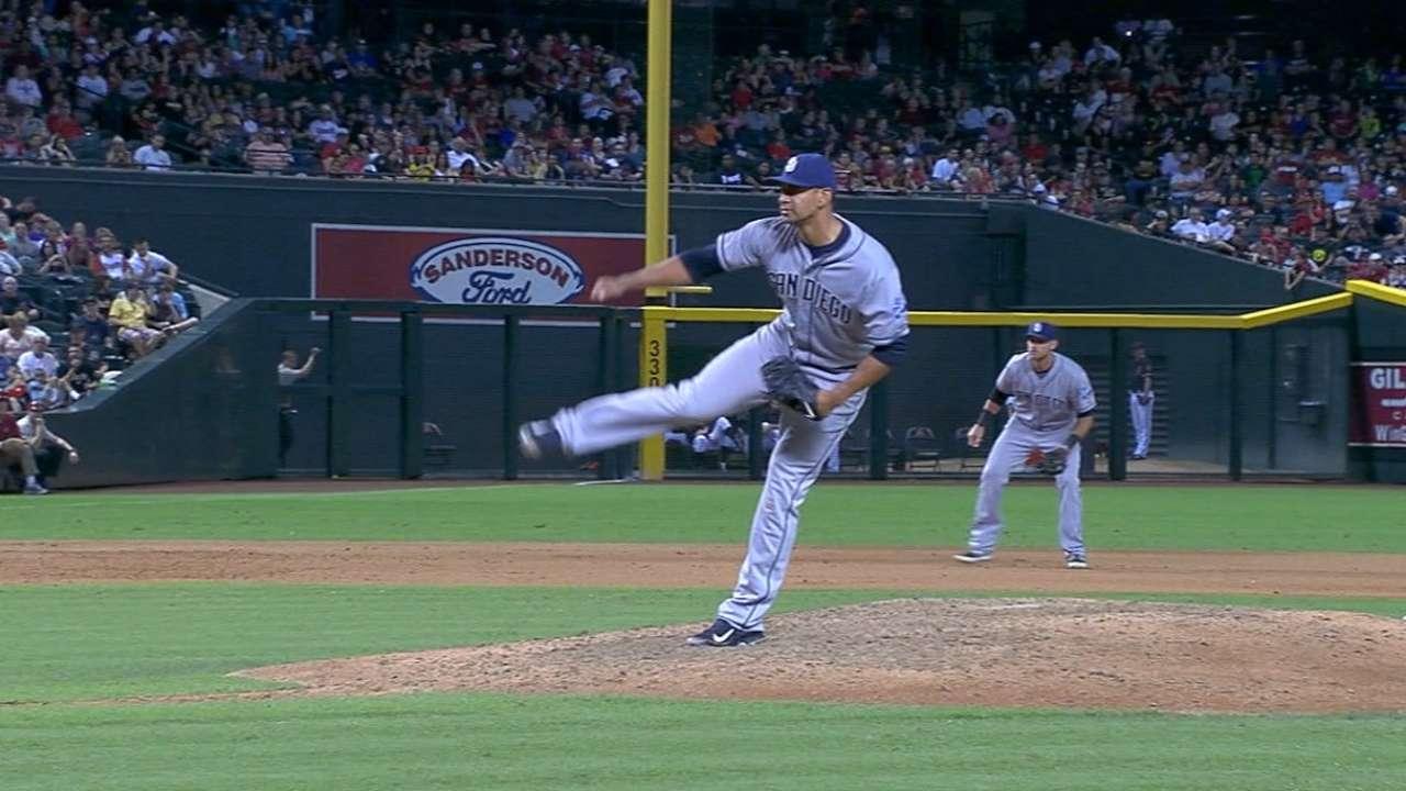 Ross, Padres dominate D-backs, even series