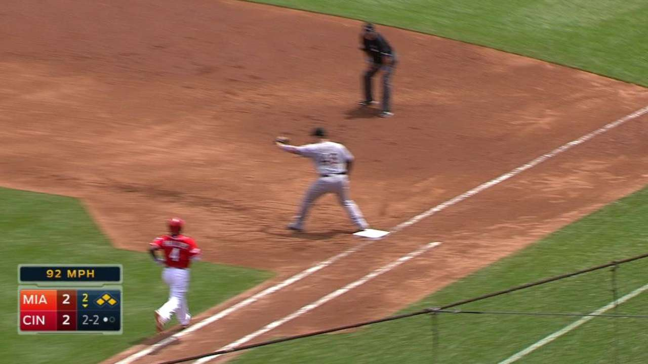 Phelps stung by homers, rocky sixth inning
