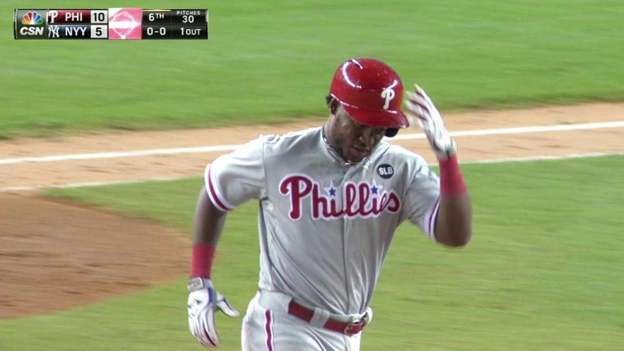 Franco's second homer of game