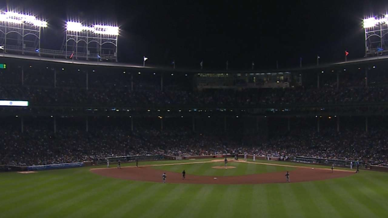 Lights go out at Wrigley