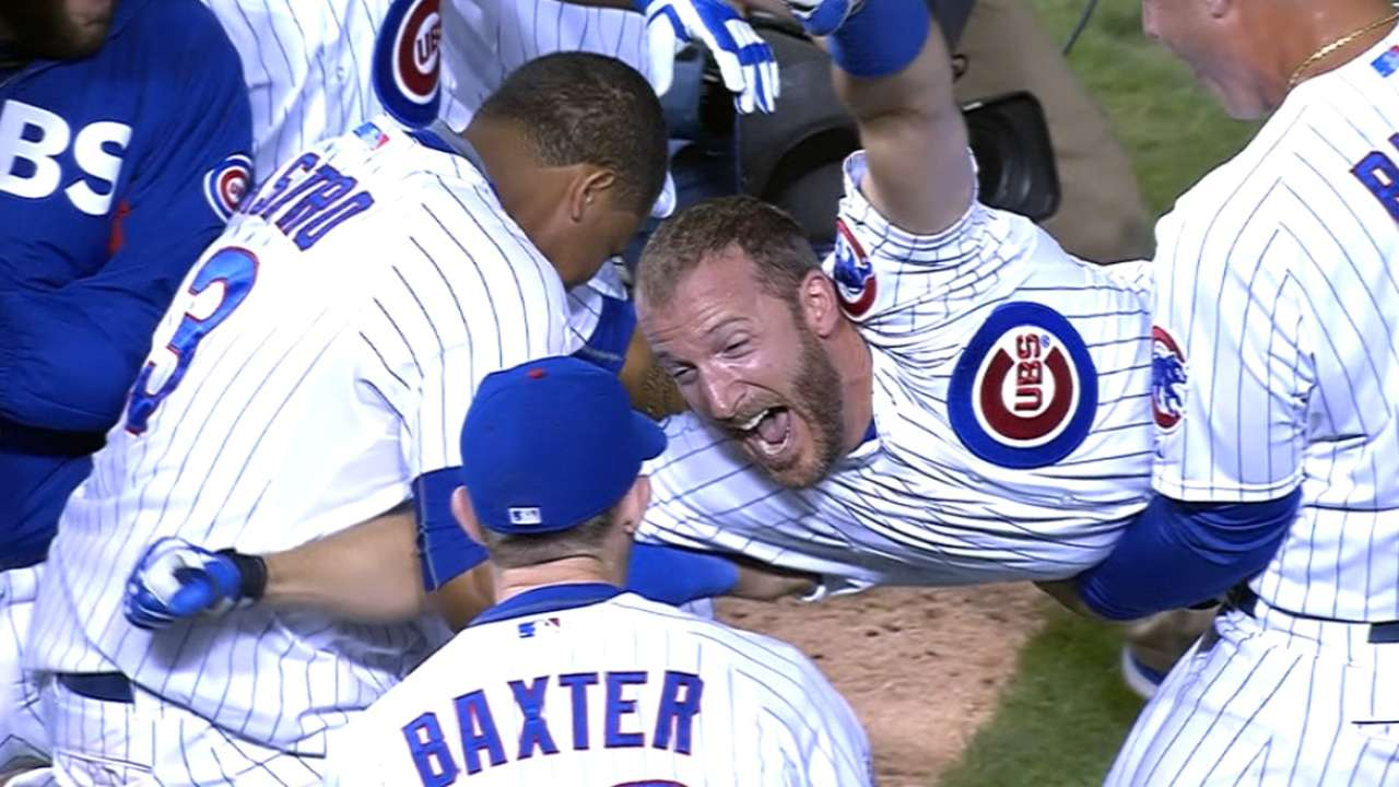 1 and done: Cubs walk off in 10th for 1-0 win