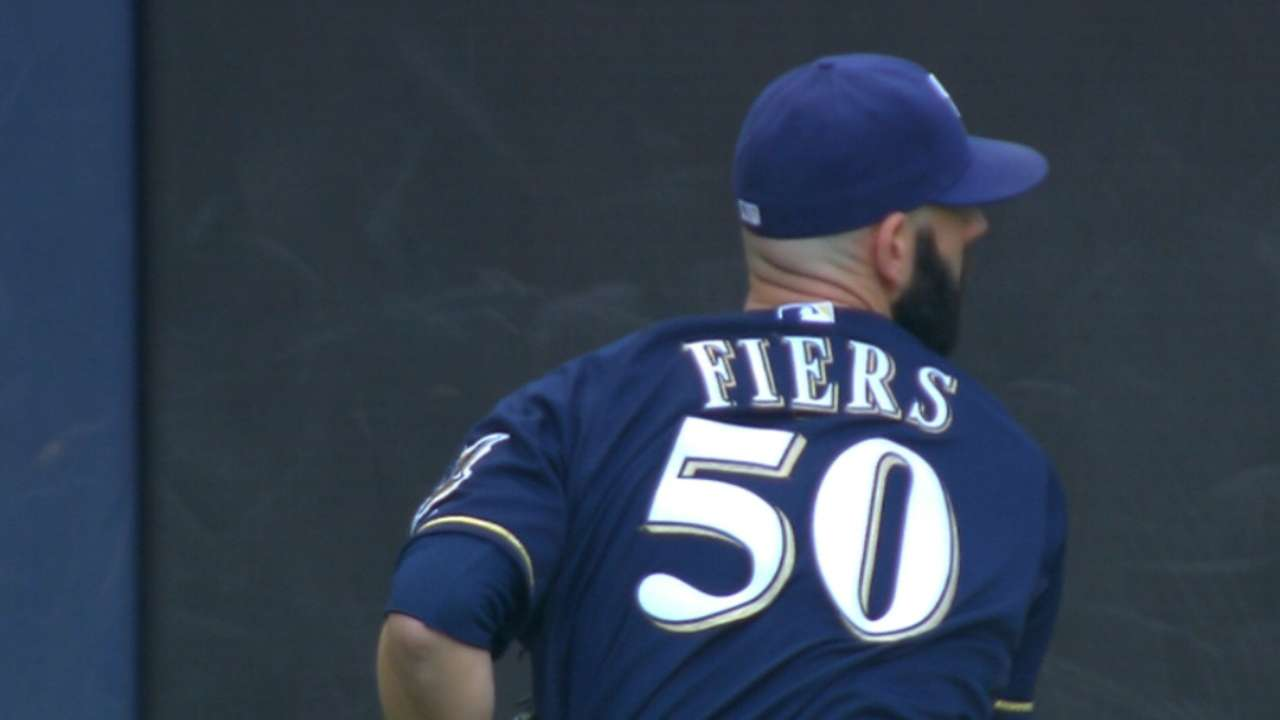 Fiers, Lind lead Brewers over Mets