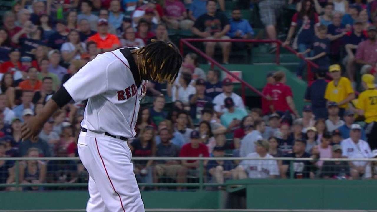 Hanley exits game after play