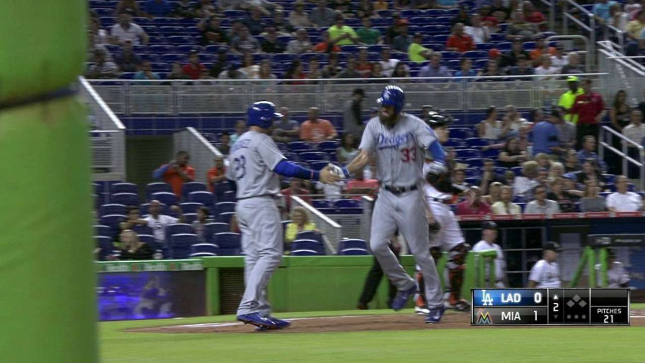 Van Slyke's two-run homer