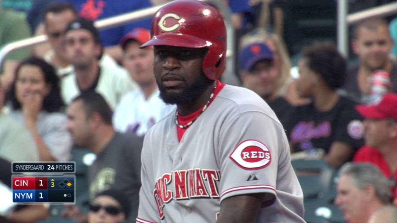 Phillips' hitting streak