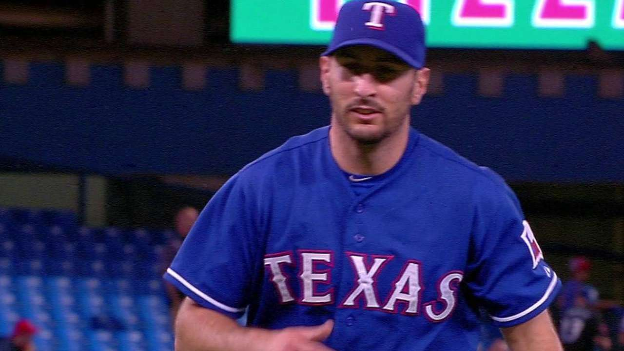 Rosales pitches 8th inning