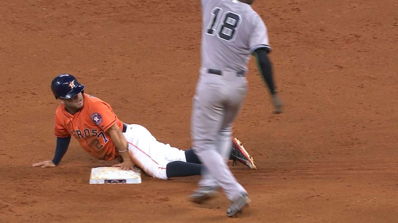 Astros again benefit from speed of Altuve