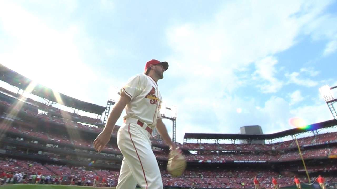Wacha earns 10th victory