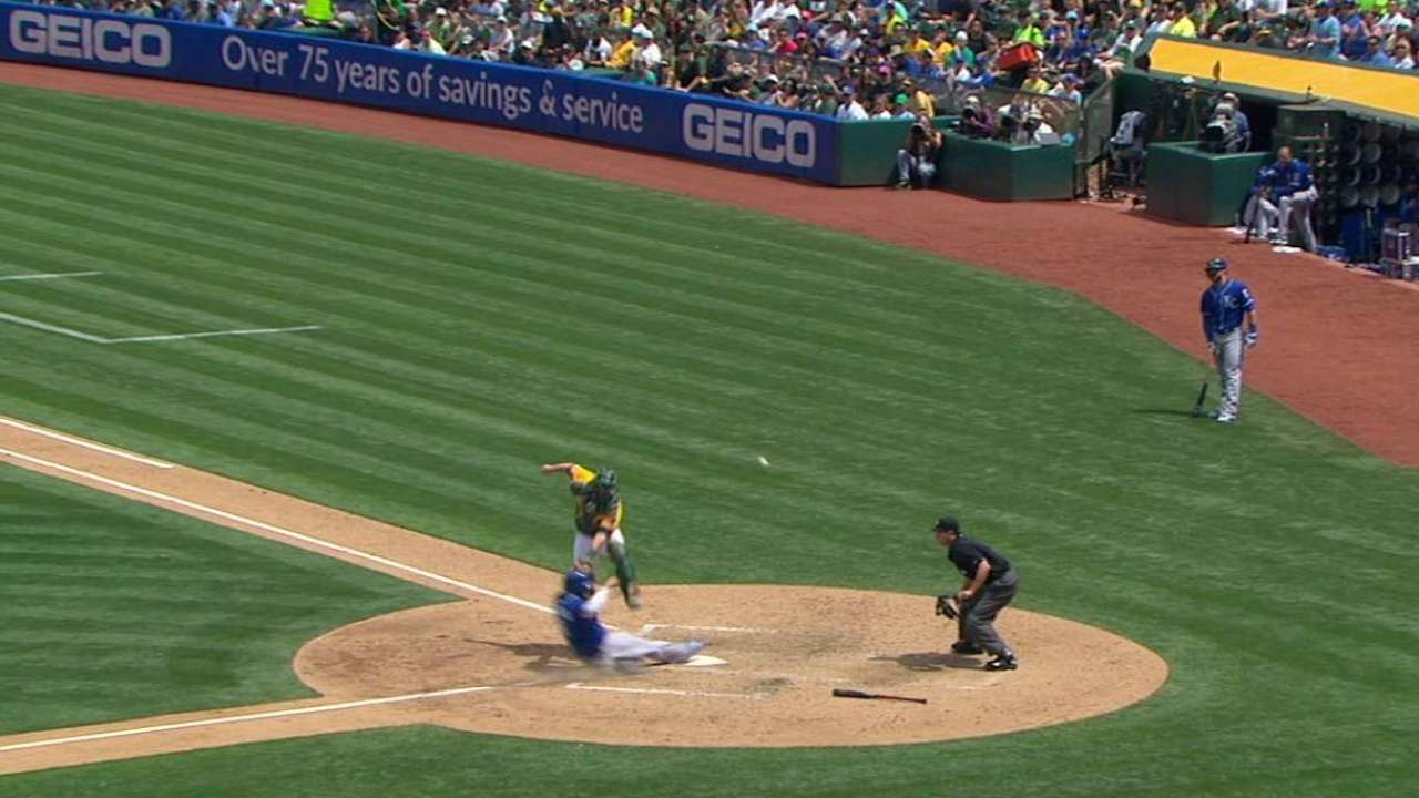 Muncy's error looms large in A's tough loss