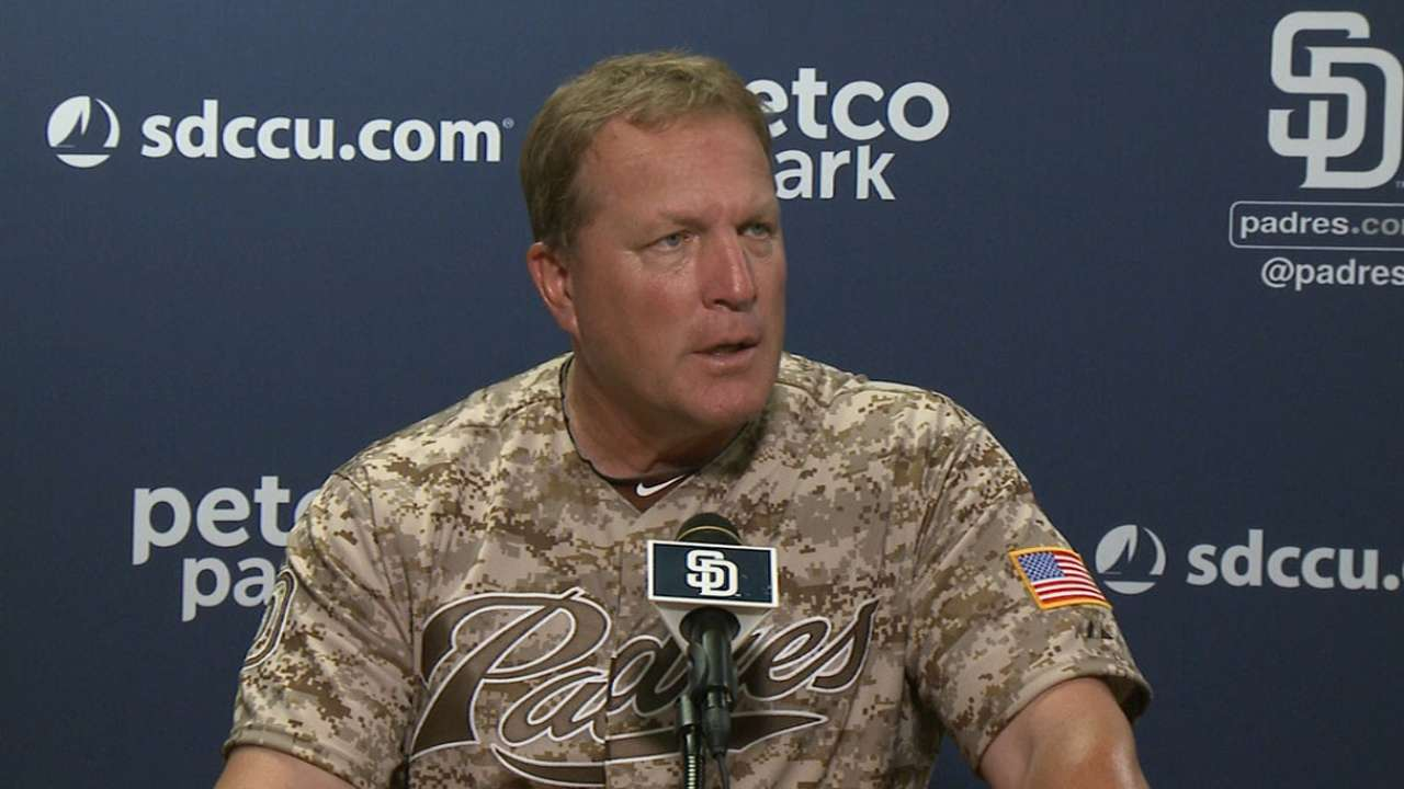 Murphy learning on the fly at helm of Padres