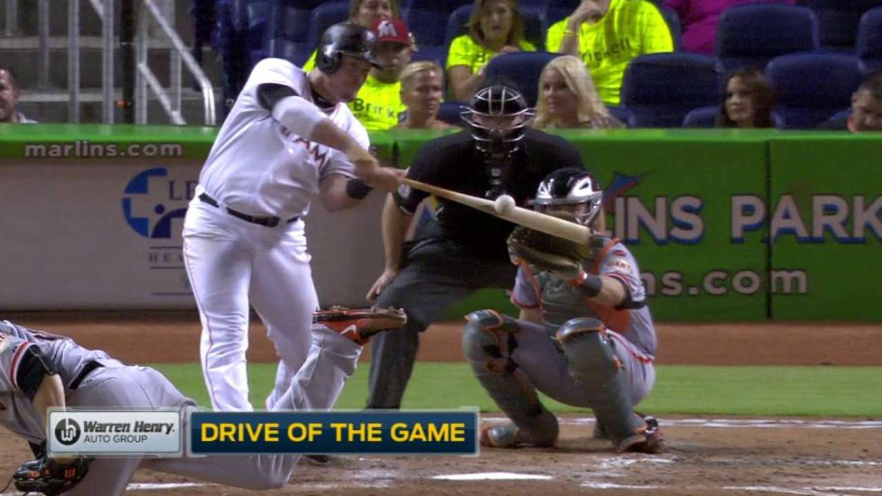 Marlins top Giants with homers inside and out