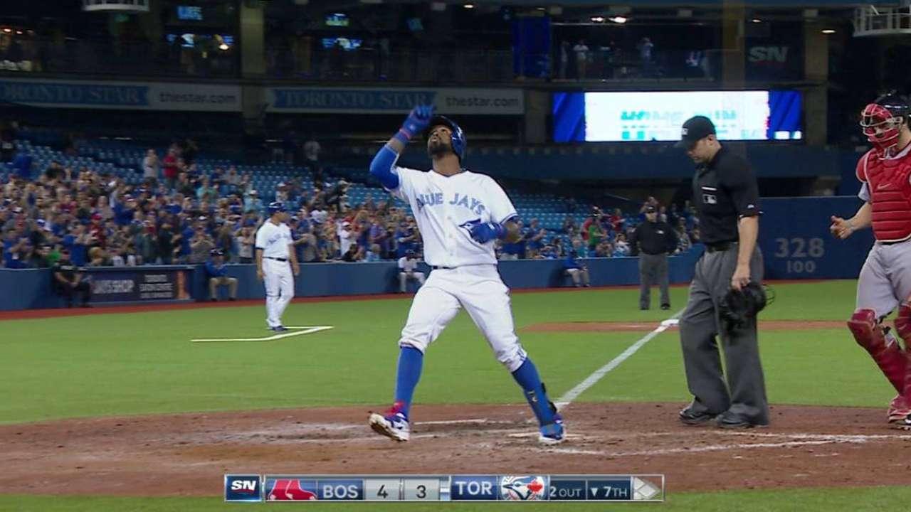 Reyes' two-run shot