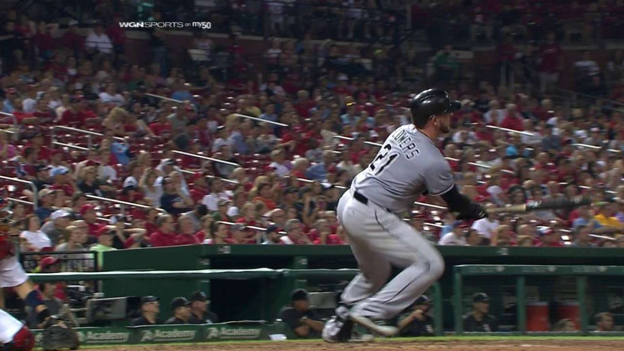 Flowers helps Sox continue extra-inning magic