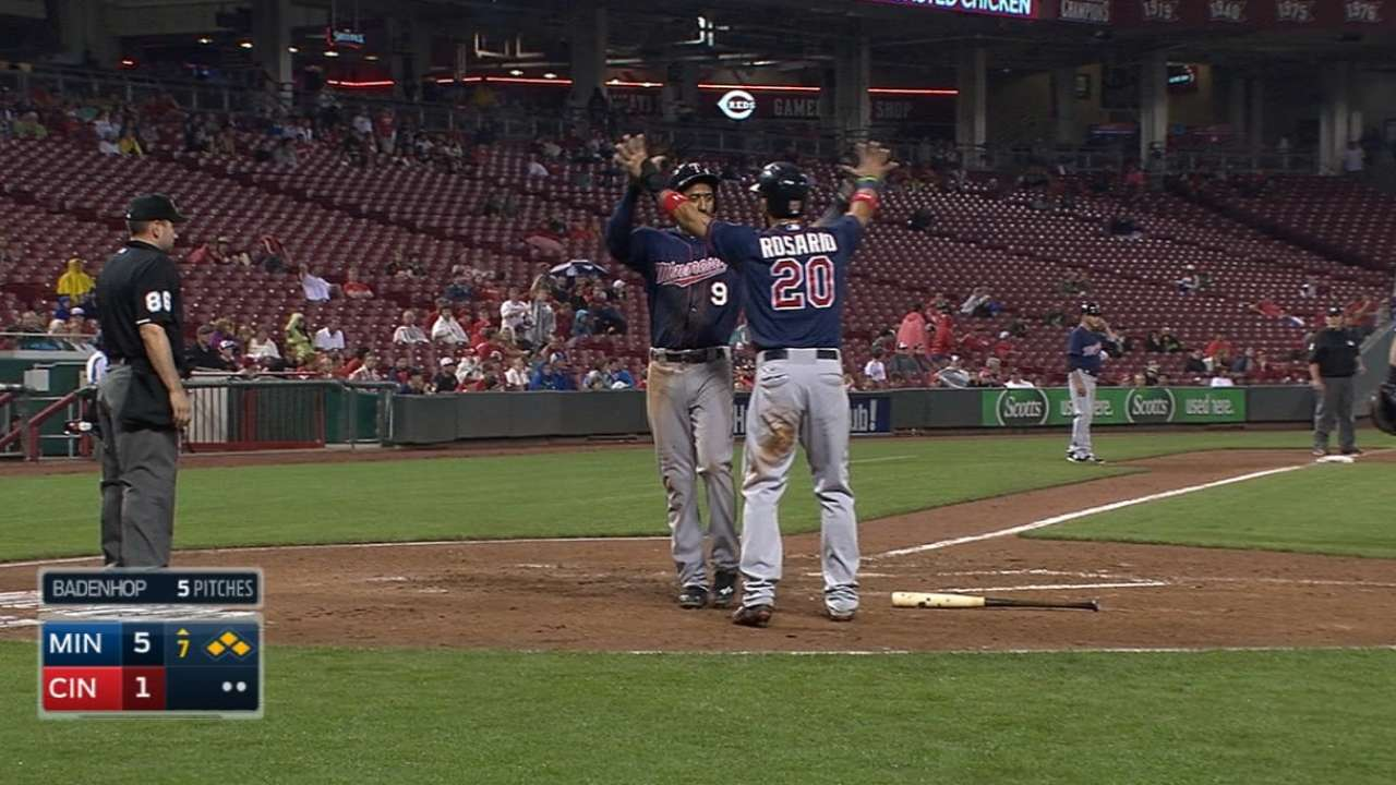 Twins' four-run 7th
