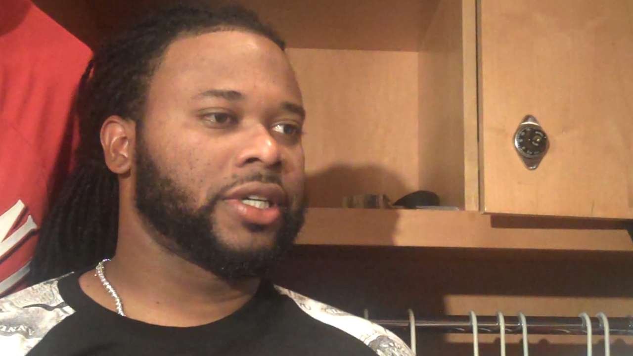 Cueto, Hamilton on 2-1 win