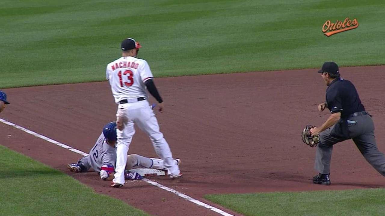Orioles take tough loss to Rangers