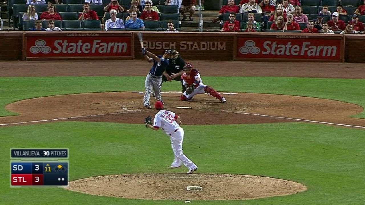 Venable levanta a Padres vs. Cardenales con HR en el 11mo