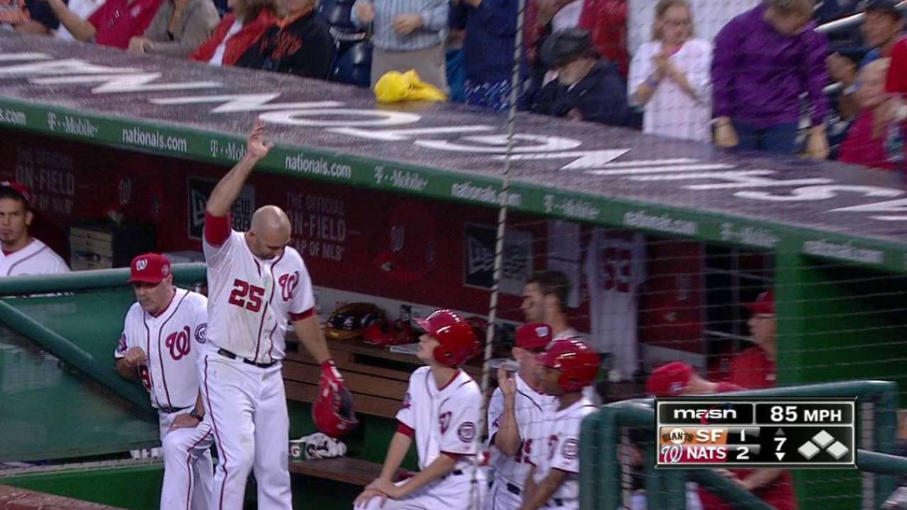 Robinson gets curtain-call moment with homer