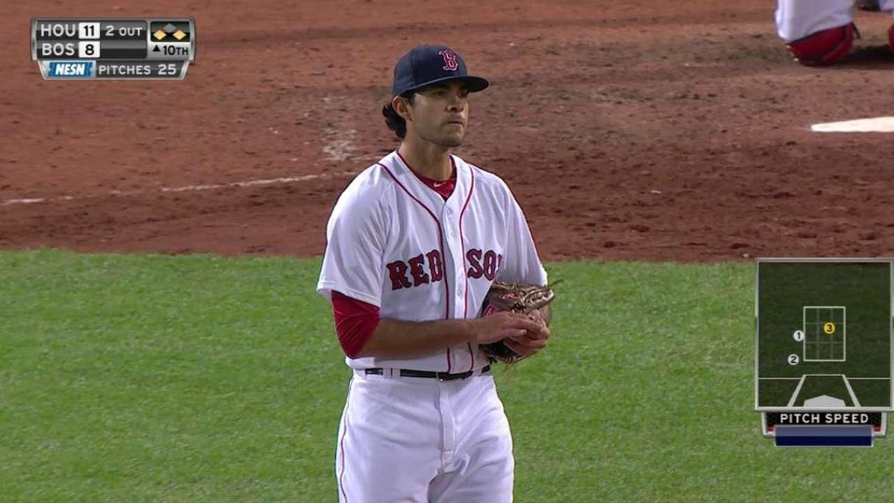 Red Sox recall N. Ramirez to reinforce bullpen