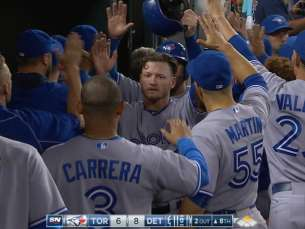 TOR@DET: Blue Jays break up no-no, score six in 8th