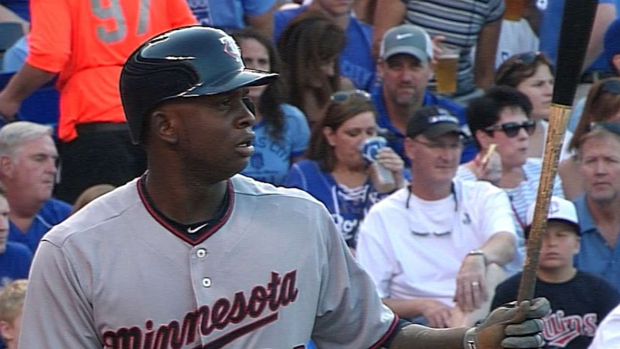 Sano delivers Major firsts for Twins' offense