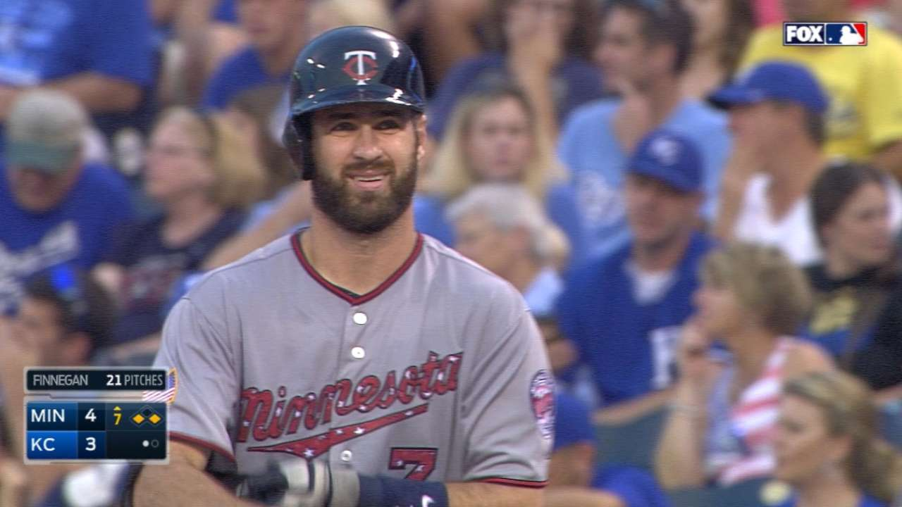 Plouffe, Mauer power Twins over Royals