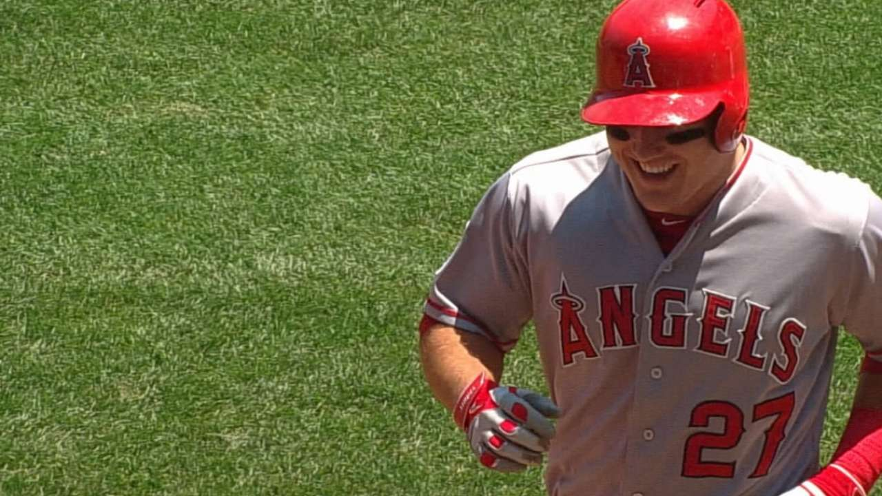 Trout elected to AL All-Stars' starting outfield