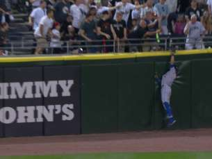 TOR@CWS: Pillar jumps to make the catch on the track