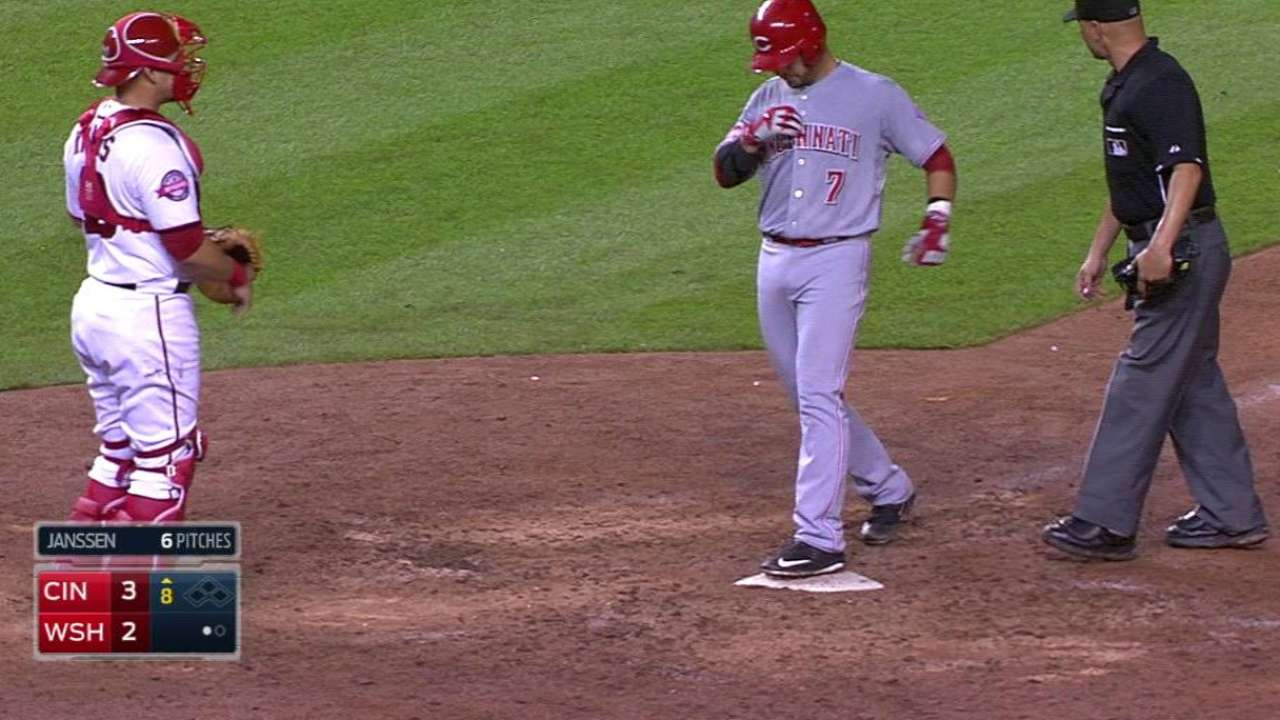 Suarez's homer gives Reds final word in D.C.