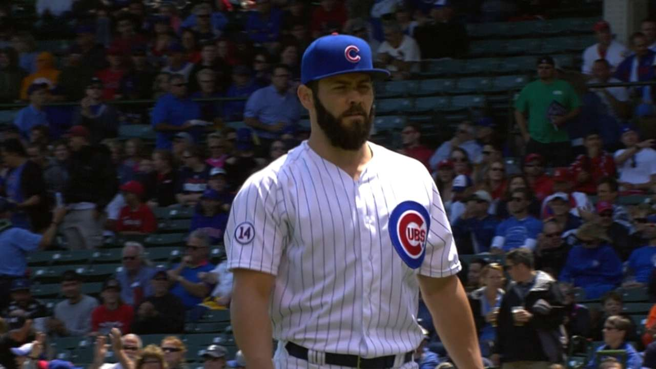 Late hiccup can't keep win off Arrieta's ledger