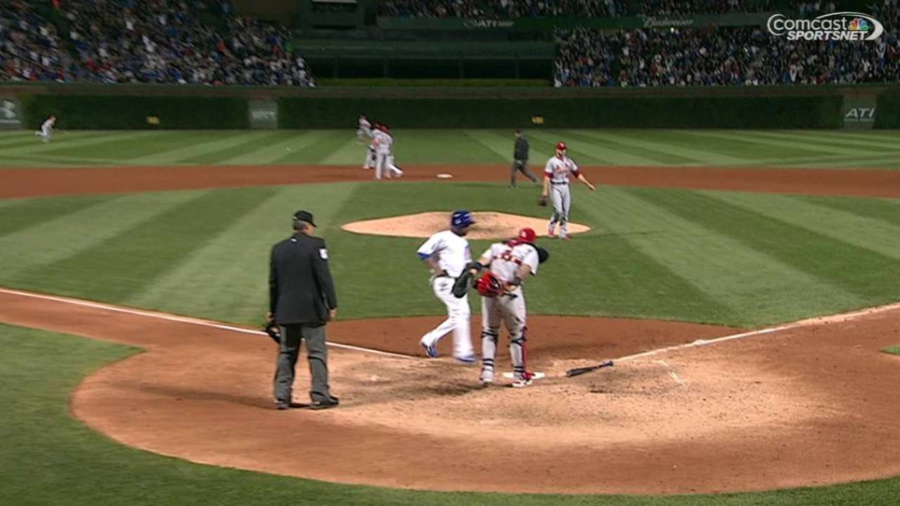 Cubs pounce on close play, Cards error in nightcap