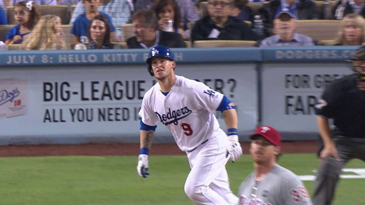 Grandal's two-run homer