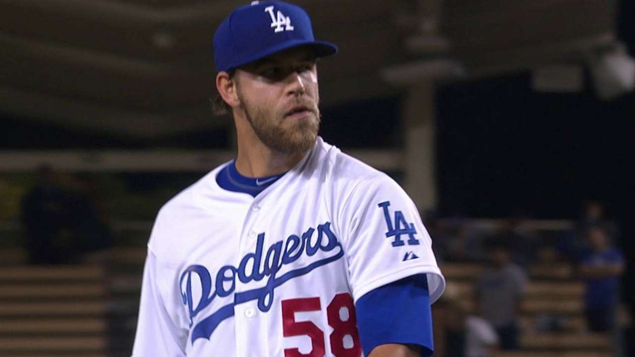 Dodgers bring up Thomas, send down Liberatore