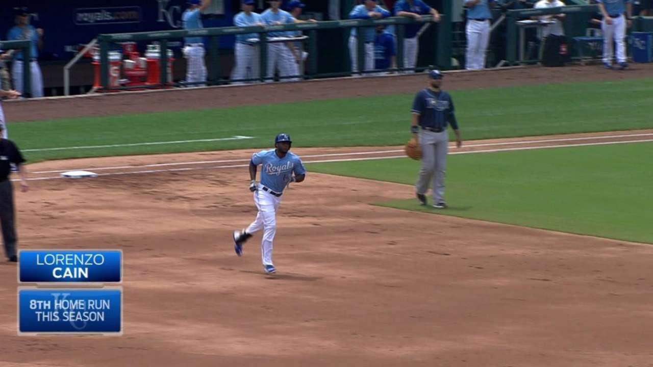 Cain's two-run homer