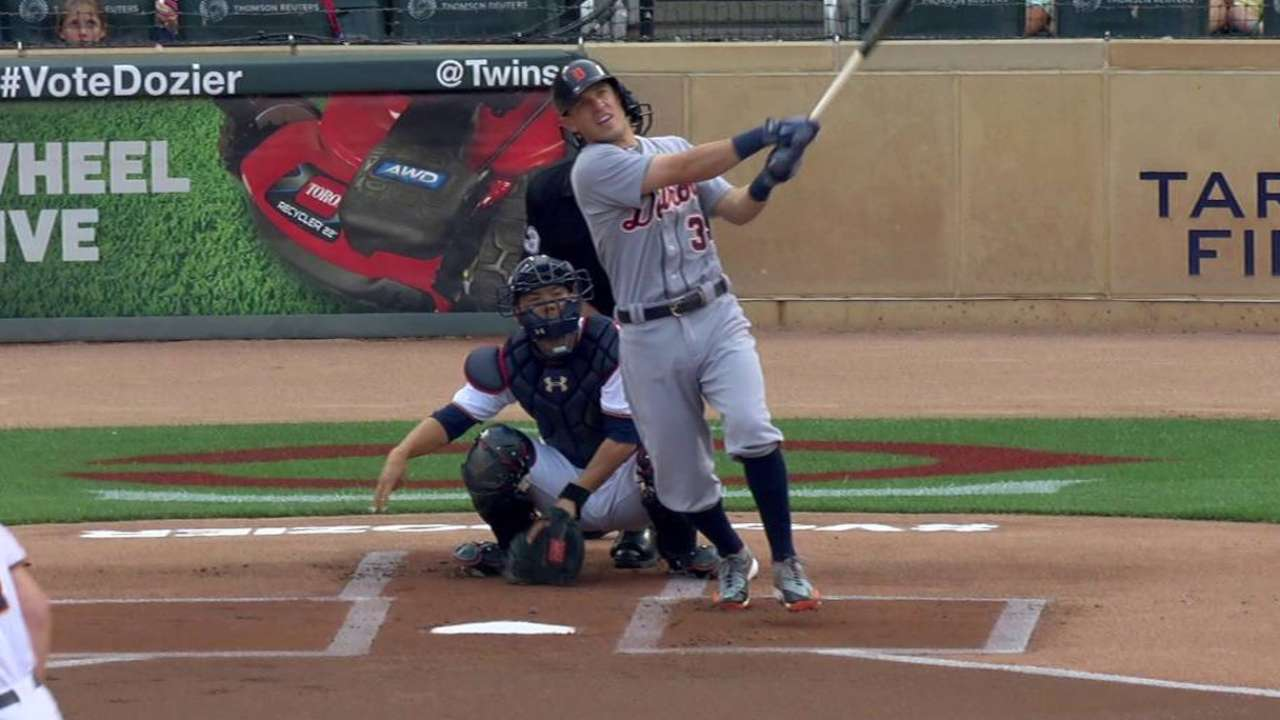 Kinsler's leadoff home run